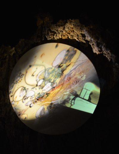 Mya Lurgo, Enlightening Area, installazione al Parco Tassino di Lugano, installazione, digital art proiettata su tela, Ø massimo 100 cm, 2013
